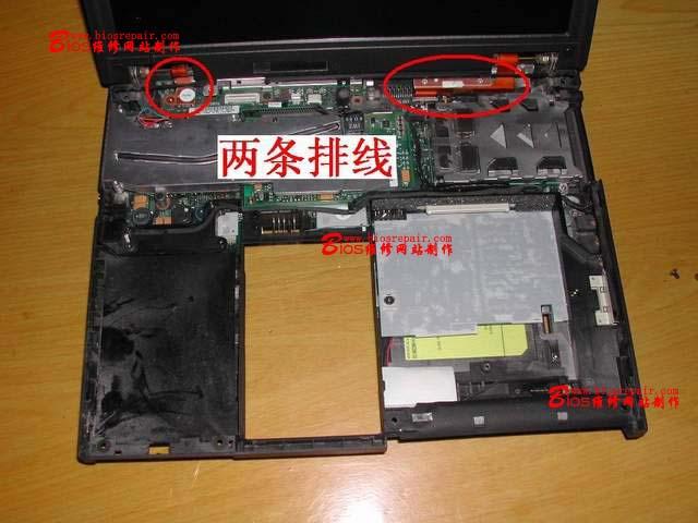 与电路板之间或是显示屏上各类排线插座与排线之间